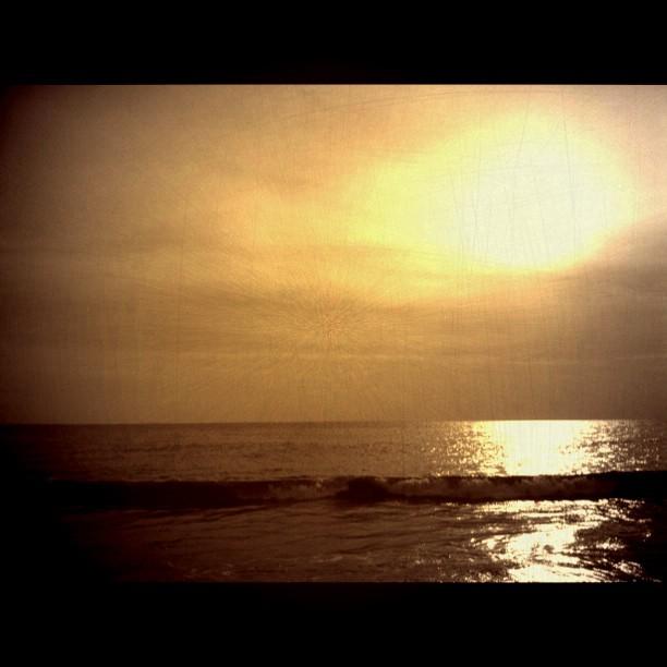 tenang tanpa gelombang